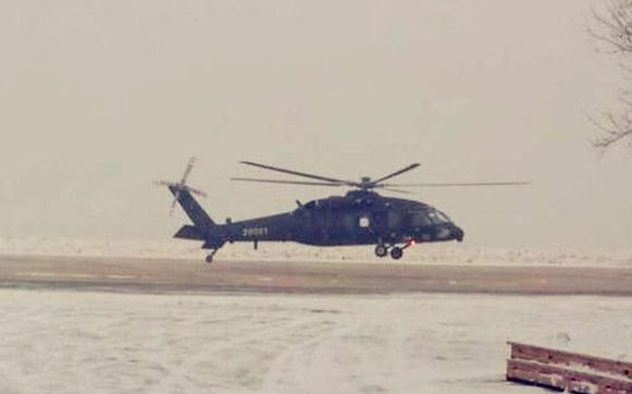 air force china[中国] helicopter[直升飞机]     10吨级的飞机在